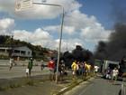 Protesto fecha BR-232 na altura do município de Moreno, em PE
