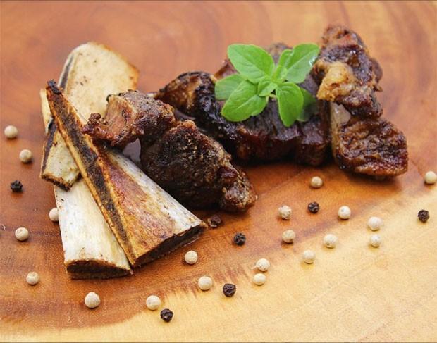 Aprenda a fazer costela bovina na fritadeira sem óleo (Foto: Divulgação)