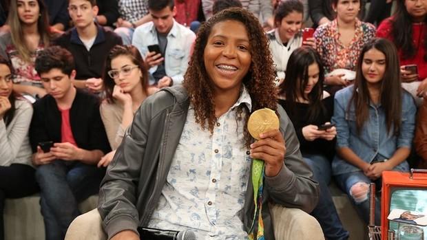 Altas Horas: Rafaela Silva fala sobre medalha e namoro (Divulgação)