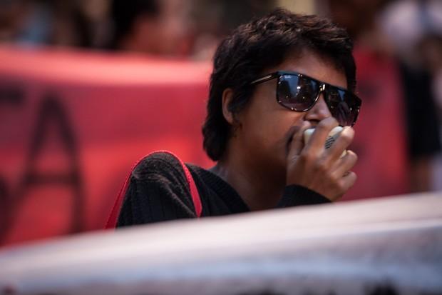 Bia Guzmán, de 21 anos, diz ser ex-bolsista do Prouni e é militante do Coletivo Feminino Anita Garibaldi (Foto: Fabio Tito/G1)