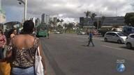 Reportagem volta ao local onde os ônibus param foram do ponto, no Iguatemi