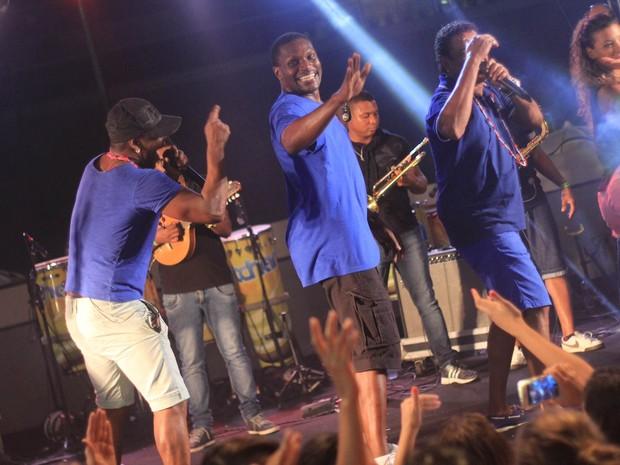 Jacaré se apresenta com o grupo É o Tchan em Salvador, na Bahia (Foto: Sércio Freitas/ Ag. Sércio Freitas/ Divulgação)