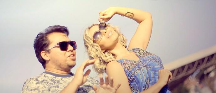 Novo clipe do Solteirões do Forró com exclusividade no #SeLigaNaWeb. (Foto: Reprodução)
