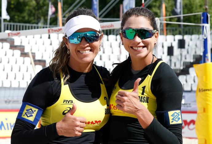 vôlei de praia Carol Solberg Maria Elisa (Foto: Divulgação / FIVB)