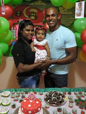 Erlon Souza e família canoagem (Foto: Reprodução Facebook)