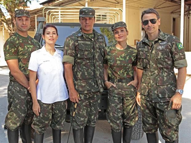 elenco fardado (Foto: Salve Jorge / TV Globo)