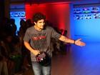 Caio Castro sobre morena: 'Ela está bem'