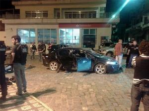 Cerco policial em Itamonte (Foto: enrique Costa/CPN/ESTADÃO CONTEÚDO)