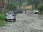 Chuva forte provoca alagamentos na Região dos Lagos, RJ, neste sábado
