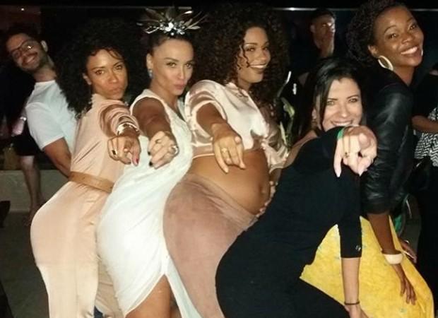 Cinara Leal, Suzana Pires, Juliana Alves, Anna Lima e Noemia Oliveira (Foto: Reprodução/Instagram)