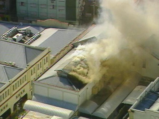 G1 - Incêndio em prédio do Shopping Total, em Porto Alegre, é ... 24b5e01dcc