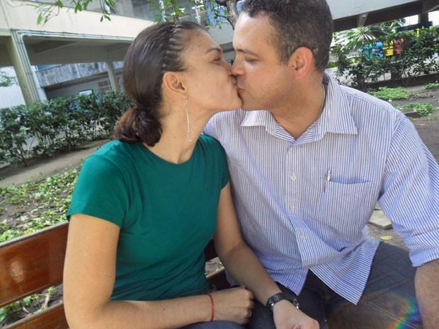 O casal Patrícia e Ricardo namoram há 15 anos e nunca moraram juntos (Foto: Priscila Miranda / G1)