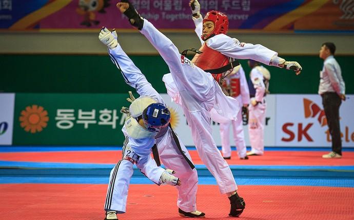 Venilton Teixeira consegue medalha no taekwondo (Foto: Felipe Barra)