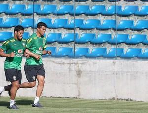 Hulk e Thiago Silva, Treino Brasil, Fortaleza (Foto: Jefferson Bernades / Vipcomm)