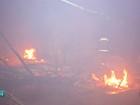 Fogo destrói barraco onde moravam mãe e três filhas em Campo Grande