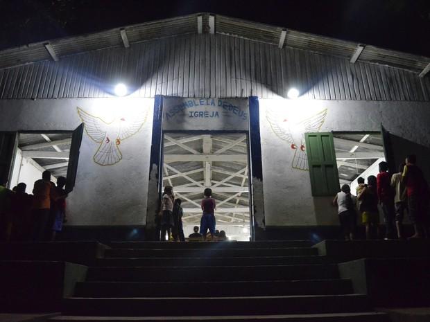 Igreja evangélica onde os cultos são celebrados (Foto: Abinoan Santiago/G1)