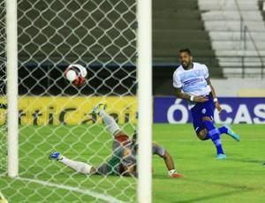 CSA x CEO, no Rei Pelé Gol de Everton Heleno (Foto: Ailton Cruz/Gazeta de Alagoas)