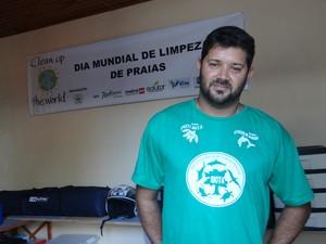 Diretor Executivo do Biota, Bruno Stéfanis lamenta situação da ONG (Foto: Michelle Farias/G1)