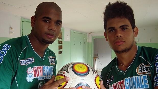 Carioca e João Paulo, jogadores do Tanabi, novo time de Túlio Maravilha (Foto: Marcos Lavezo/GLOBOESPORTE.COM)