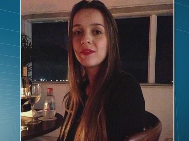 Família de mulher morta em SP pede justiça; ex-marido está foragido