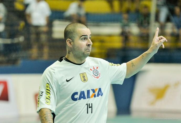 Vander Carioca Corinthians x Minas Taça Brasil de Futsal (Foto: José Delmo Menezes Junior/Divulgação)