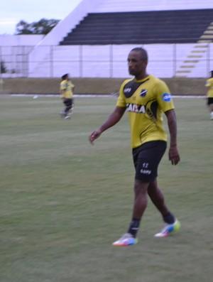 Rodrigo Silva, atacante do ABC (Foto: Jocaff Souza/GloboEsporte.com)