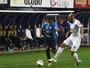 Everton Silva fratura o dedo da mão e desfalca o Avaí por duas semanas