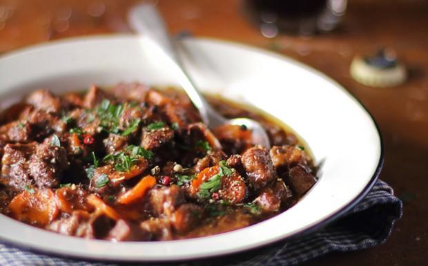 Receita de carne de panela - Foto ilustrativa (Foto: iStock -  Anna Kurzaeva)