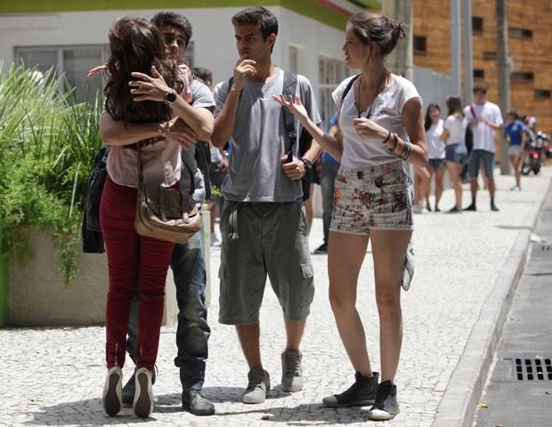 Que isso, Vitinho! Que amasso foi esse... Amizade??? (Foto: Malhação / TV Globo)