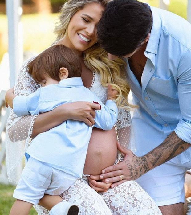 Adriana, Rodrigão e o filho Rodrigo (Foto: Reprodução/Instagram)