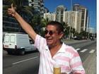 'Liberado pelo médico', diz Zeca Pagodinho em foto com chope