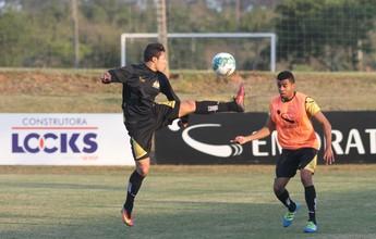 Marlon reassume a lateral, e Criciúma treina bola parada de olho no Vasco