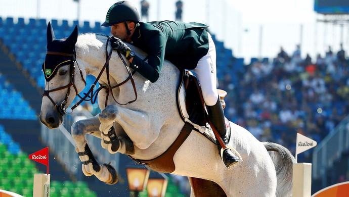 eduardo menezes hipismo salto olimpíada rio 2016 (Foto: REUTERS/Tony Gentile)
