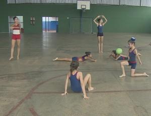 Treino das ginastas em Porto Velho (Foto: Reprodução/ TV Rondônia)