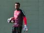 Ceni espera volta de Sidão na próxima semana e não define goleiro titular