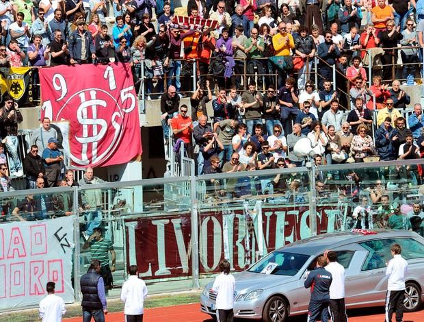 funeral morosini livorno (Foto: Agência EFE)