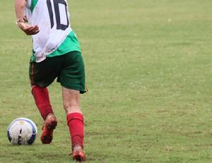bola e jogador Acre (Foto: Duaine Rodrigues)