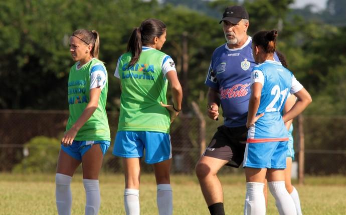 Para o ténico Renato Costa, o pouco tempo de treino pode não ajudar o time da fronteira no início do Campeonato Brasileiro (Foto: Christian Rizzi / Foz Cataratas / Divulgação)