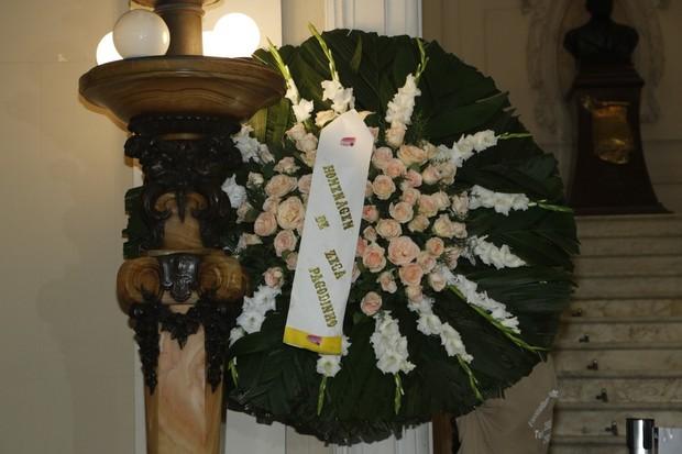 Coroa de Flores no velório de Emílio Santiago (Foto: Roberto Filho/AgNews)