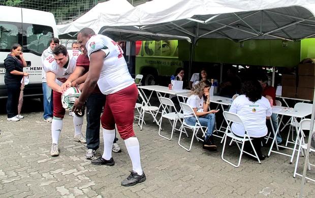 Doação de sangue no Fluminense (Foto: Rafael Cavalieri / Globoesporte.com)