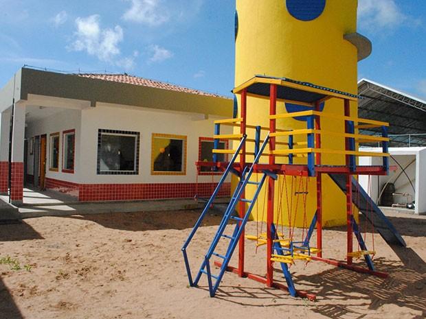 Ambiente de Centro Municipal de Educação Infantil inaugurado recentemente; foram 12 CMEIs construídos de 2013 para cá (Foto: Adrovando Claro)