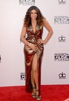 Veja o estilo das famosas no American Music Awards 2014