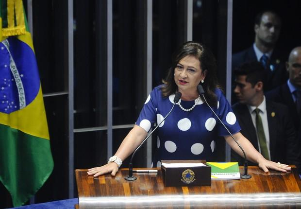 Kátia Abreu denuncia pressão para manter envolvido na Carne Fraca na Agricultura