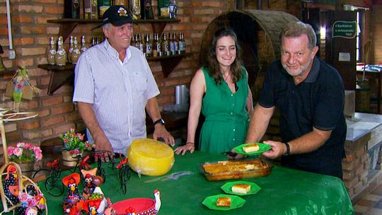 'Segredos da Cozinha': aprenda a receita da sobremesa 'mané pelado'