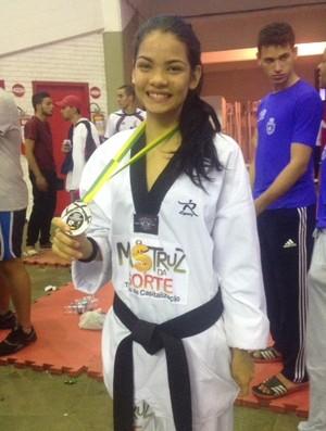 Taekwondo Cearense Bianca Oliveira (Foto: Fábio Almeida/divulgação)