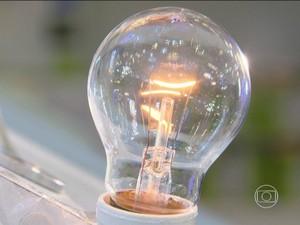 Lâmpada incandescente de 60 watts  (Foto: Reprodução/TV Globo)