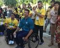 Atletas paralímpicos visitam Estúdios Globo e se divertem com famosos