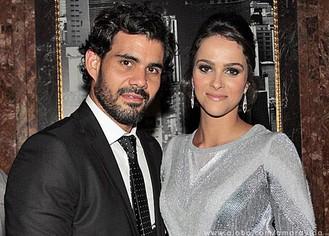 Juliano Cazarré com a esposa Letícia Bastos (Foto: Amor à Vida / TV Globo)
