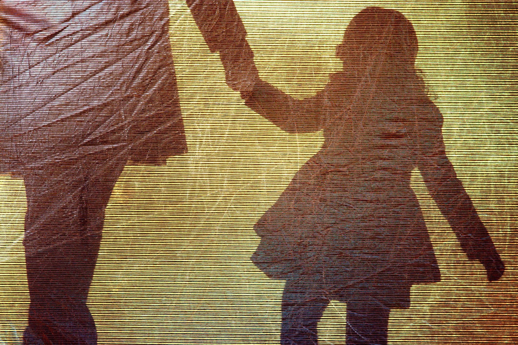 mãe e filha mãos dadas (Foto: ThinkStock)