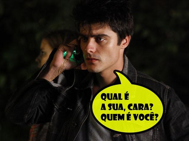 Vitor também fica preocupado com as ameaças (Foto: Malhação / TV Globo)